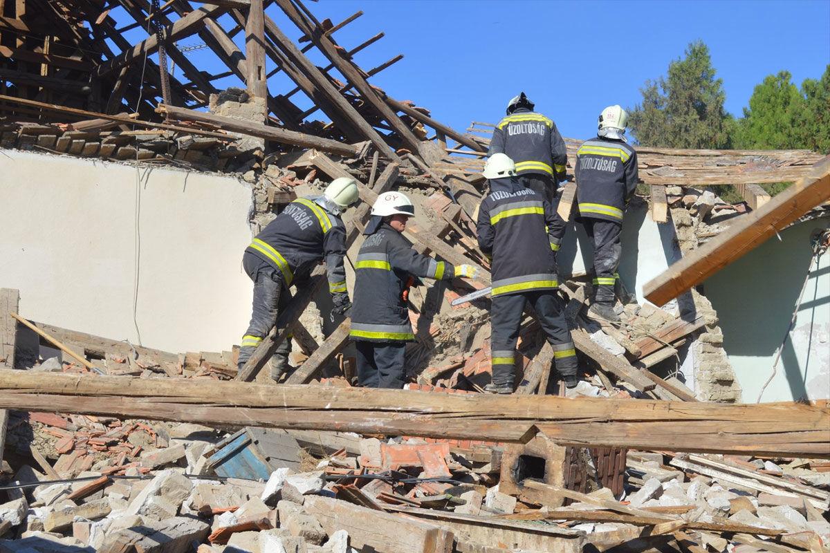 Felrobbant egy családi ház Gönyűn