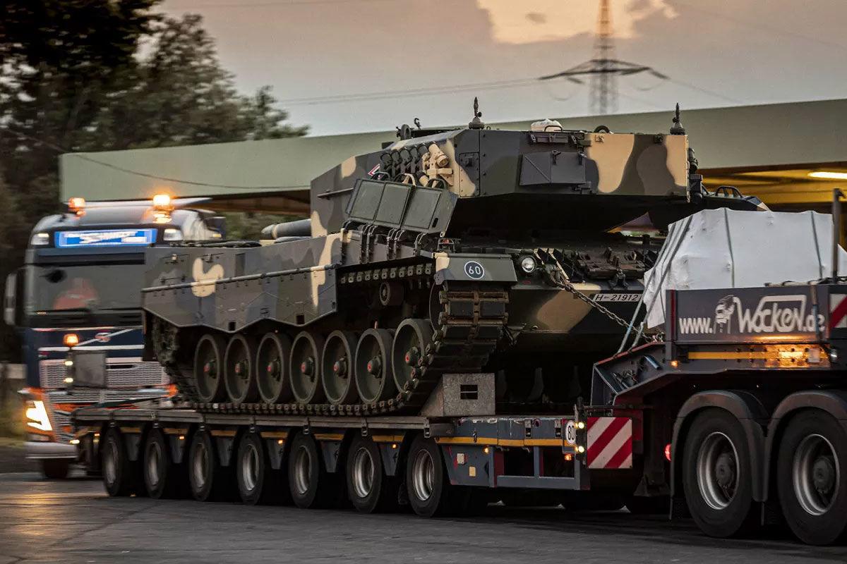 Újabb tankok érkeznek Magyarországra kedden