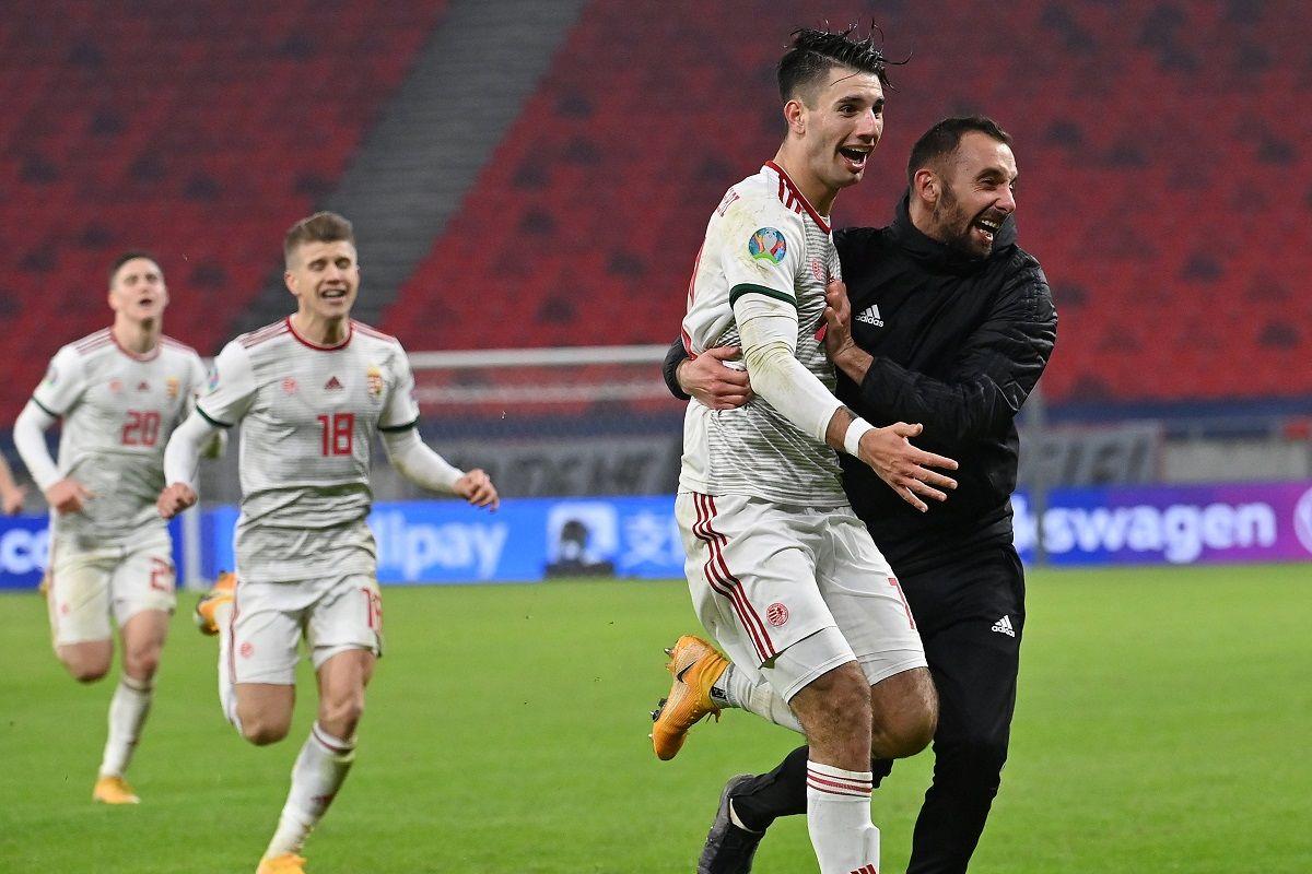 Szoboszlai Dominik (j2) gólöröme a magyar válogatott második gólja után a Magyarország - Izland labdarúgó Európa-bajnoki pótselejtező mérkőzésen a Puskás Arénában 2020. november 12-én.