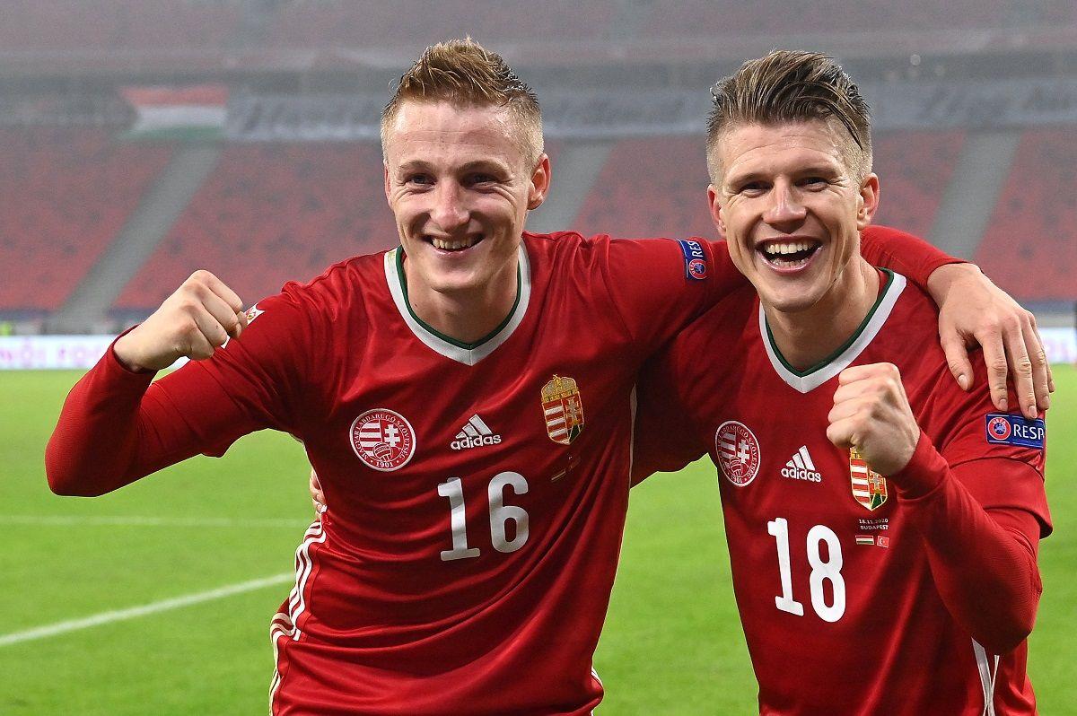 Varga Kevin (b) és Sigér Dávid (j), a két gólszerző a labdarúgó Nemzetek Ligája B divíziójában játszott Magyarország - Törökország mérkőzés végén a Puskás Arénában 2020. november 18-án. A magyar válogatott 2-0-ra győzött.