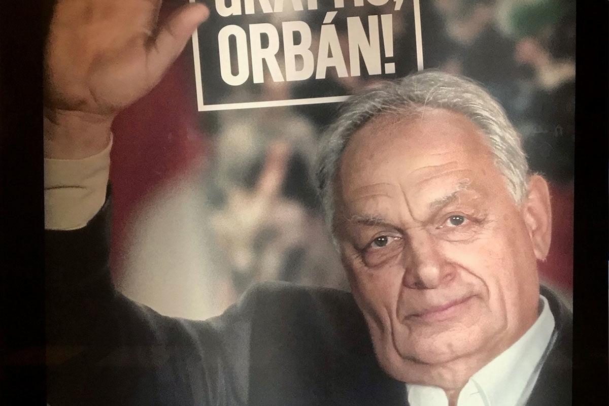 A 71 éves Orbán Viktorral kampányol a korrupció ellen egy svéd jogvédő szervezet