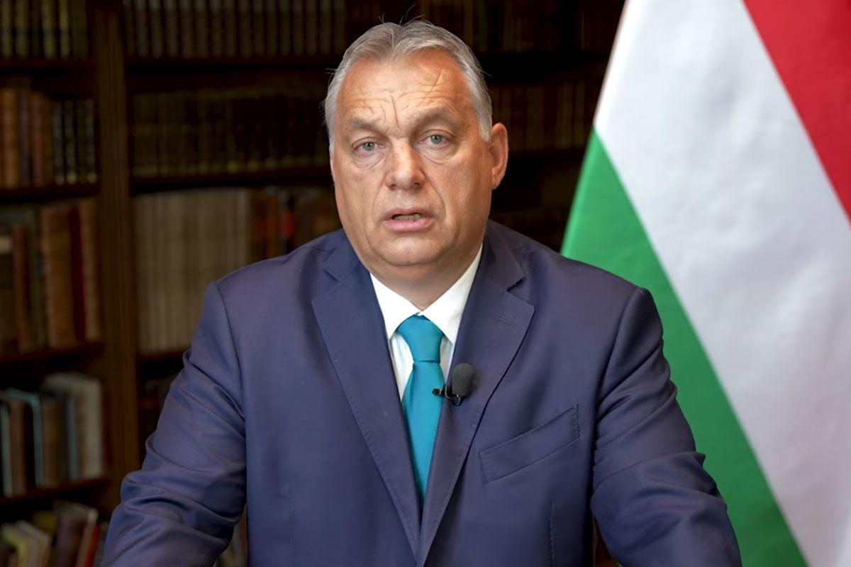 """Orbán: """"már nem sok hiányzik hozzá"""", hogy Brüsszel legyen az új Moszkva"""