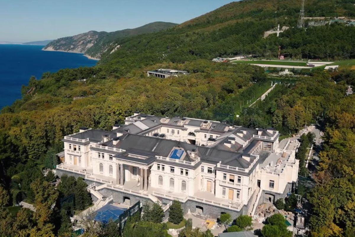 Putyin titkos Fekete-tengeri palotája.