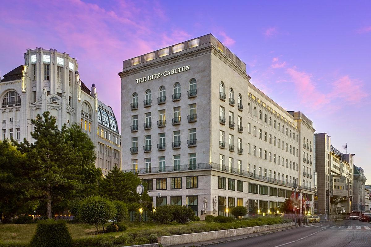 A The Ritz-Carlton a budapesti Erzsébet téren.