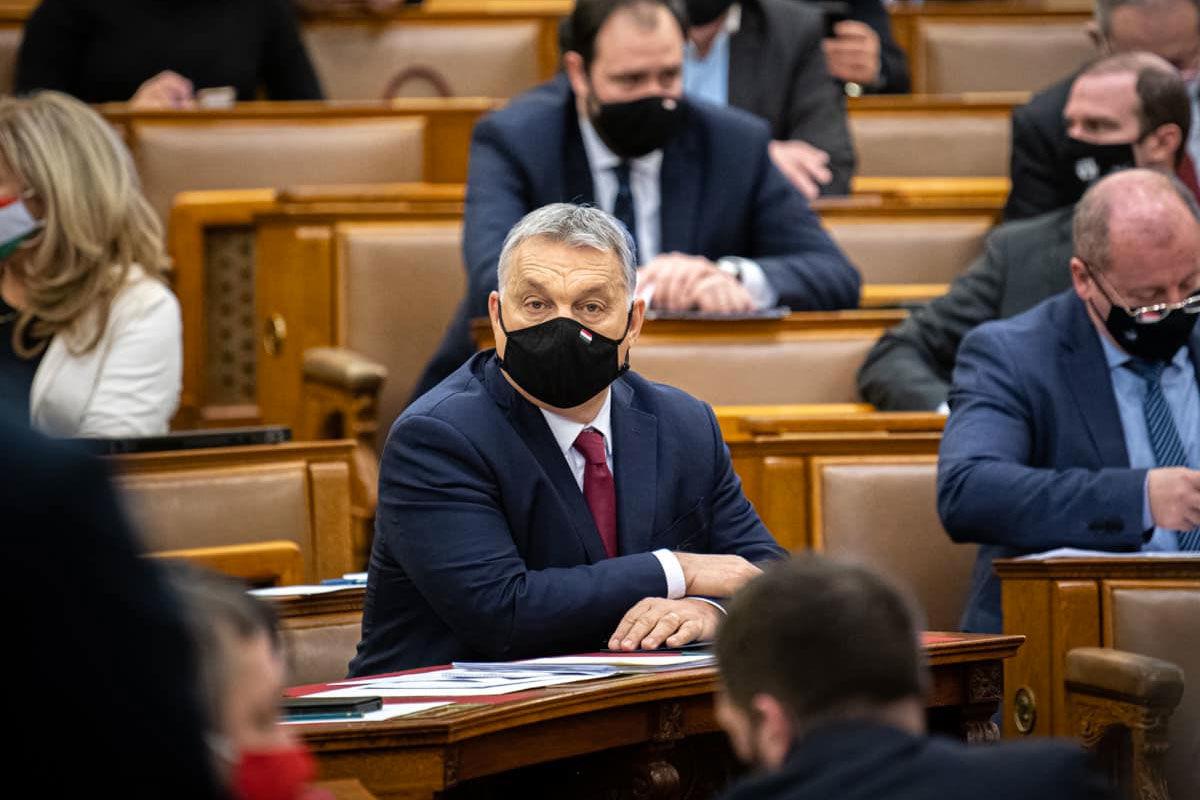 Orbán: mi sokkal több ember fogunk beoltani május végéig, mint a hasonló méretű EU-országok