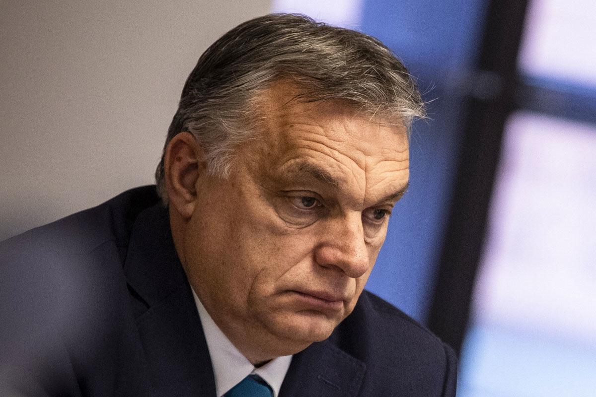 Orbán Viktor miniszterelnök részt vesz a Kína és a kelet-közép-európai országok közti, videókonferencián tartott egyeztetésen a Karmelita kolostorban 2021. február 9-én.