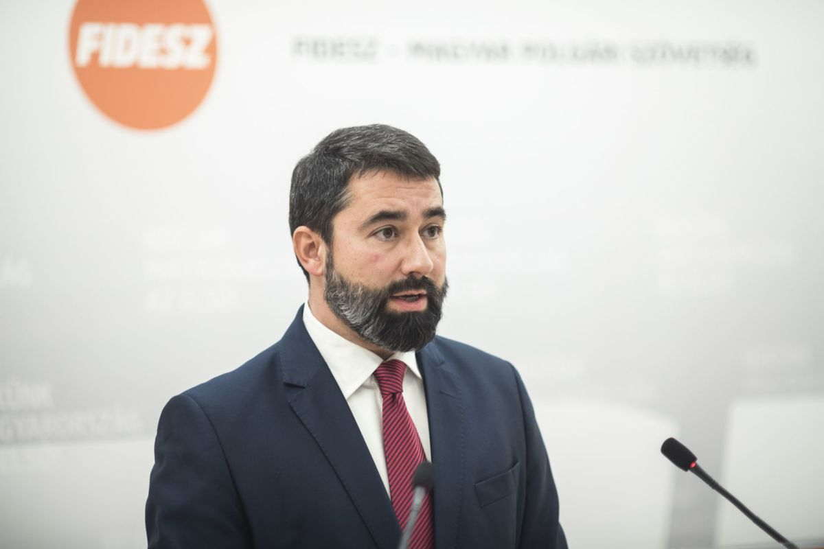 Hidvéghi Balázs, a Fidesz-KDNP európai parlamenti képviselője.
