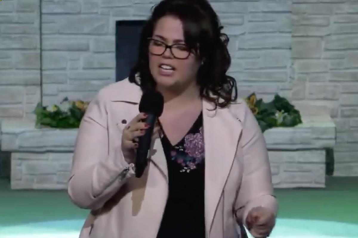 Részlet az Újszövetség Gyülekezet videójából.