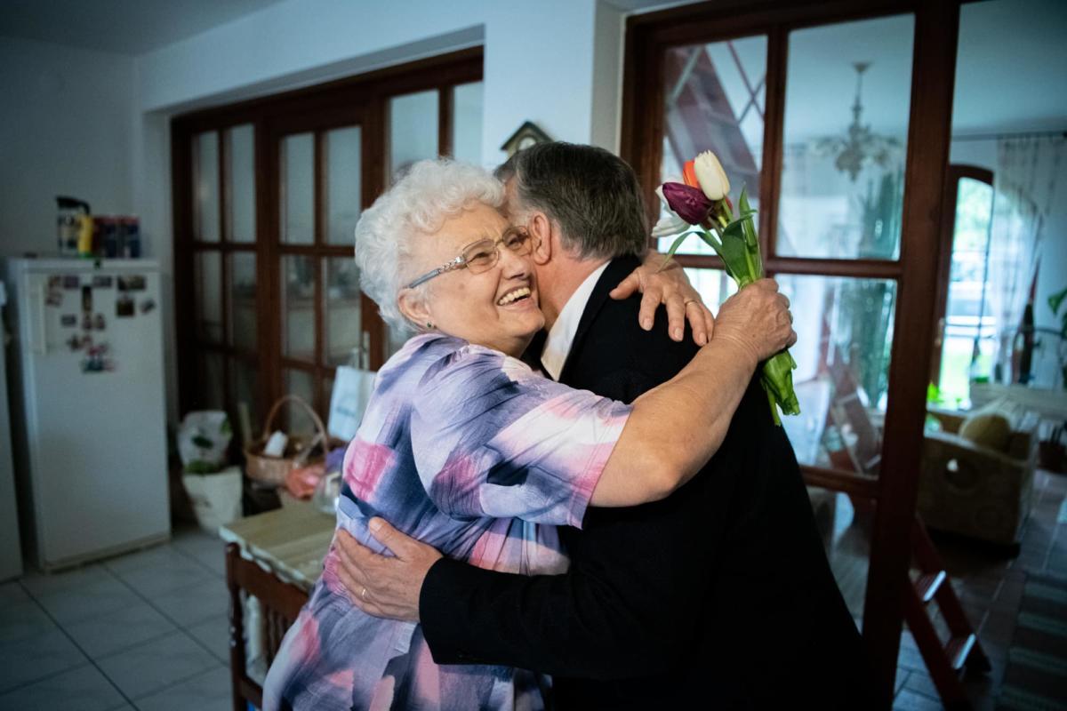 Orbán Viktor megköszöntötte édesanyját anyák napja alkalmából.