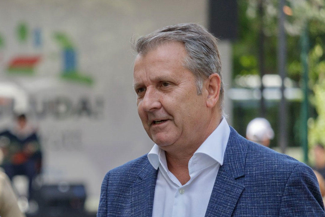 Leigazolta a DK az MSZP korábbi elnökét