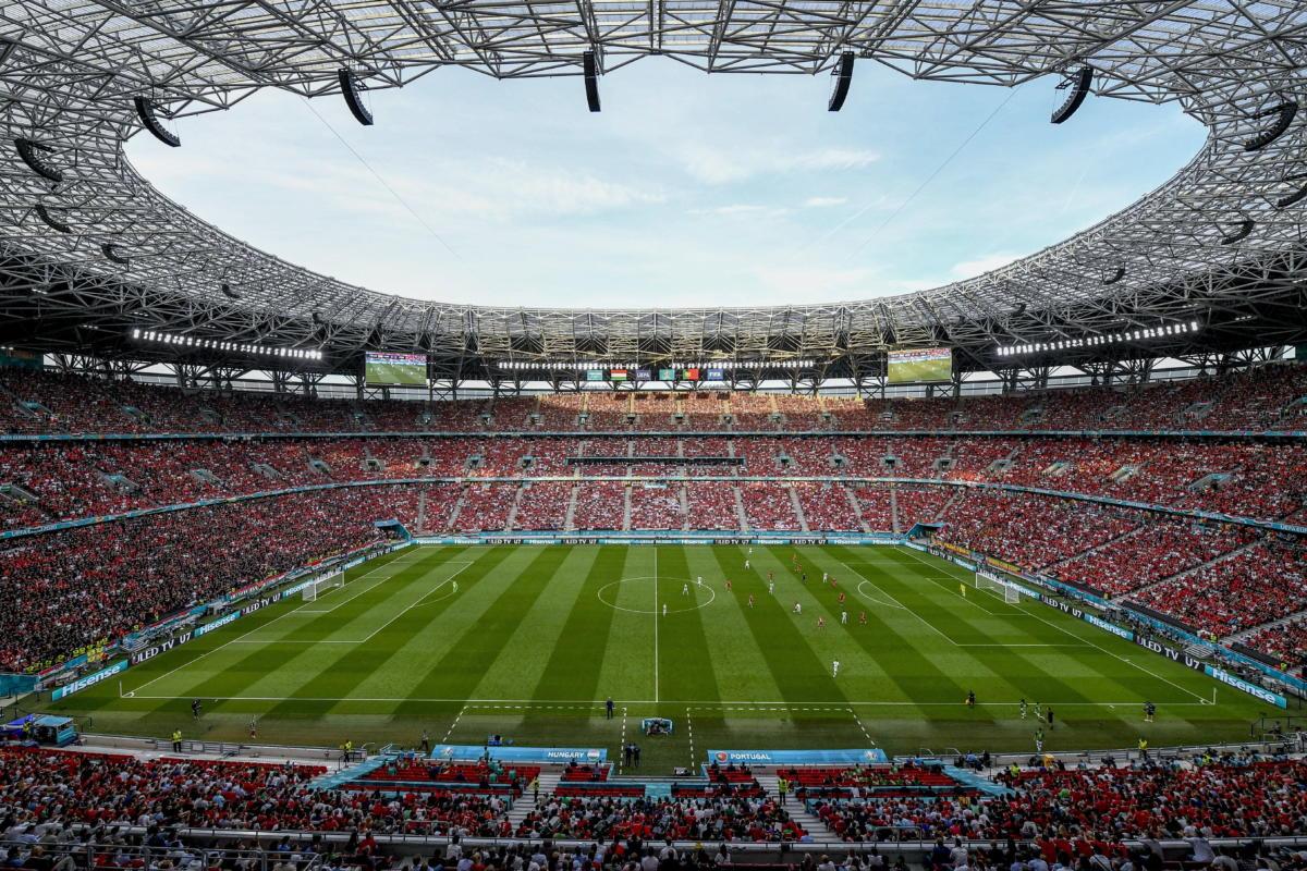 A koronavírus-járvány miatt 2021-re halasztott 2020-as labdarúgó Európa-bajnokság F csoportjának első fordulójában játszott Magyarország - Portugália mérkőzés a Puskás Arénában 2021. június 15-én.