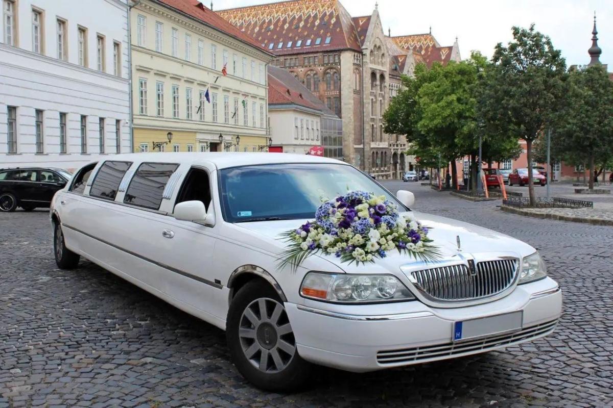 Limuzinbérlés esküvőre? Jöhet!