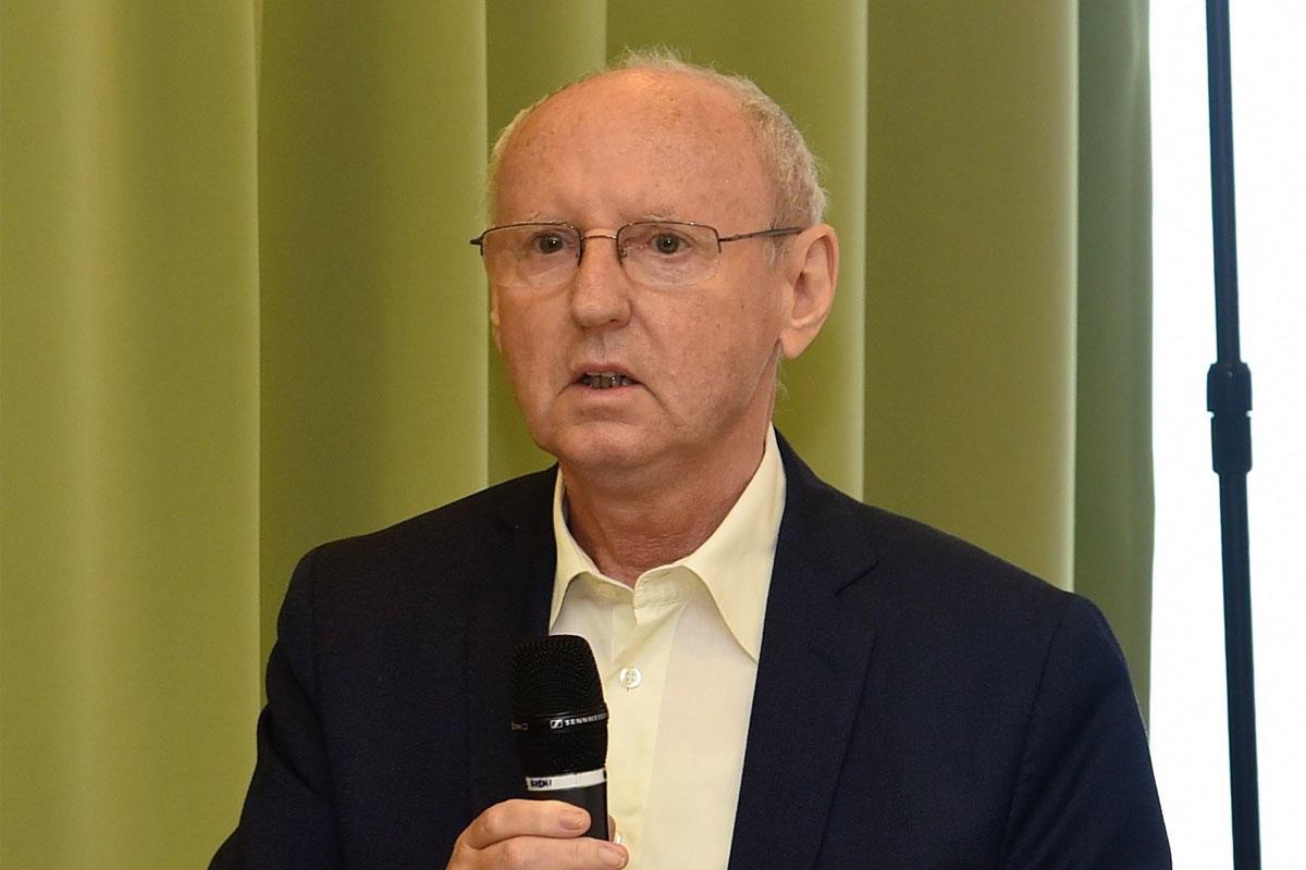 Bathó Ferenc, a Magyar Olimpiai Bizottság felügyelő bizottságának tagja, korábbi MOB-tag, a Magyar Országos Korcsolyázó Szövetség előző elnöke, az Emberi Erőforrások Minisztériumának helyettes államtitkára.
