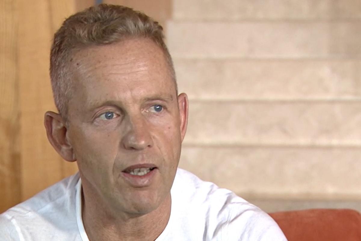 Schobert Norbi saját felelősségére elhagyta a kórházat