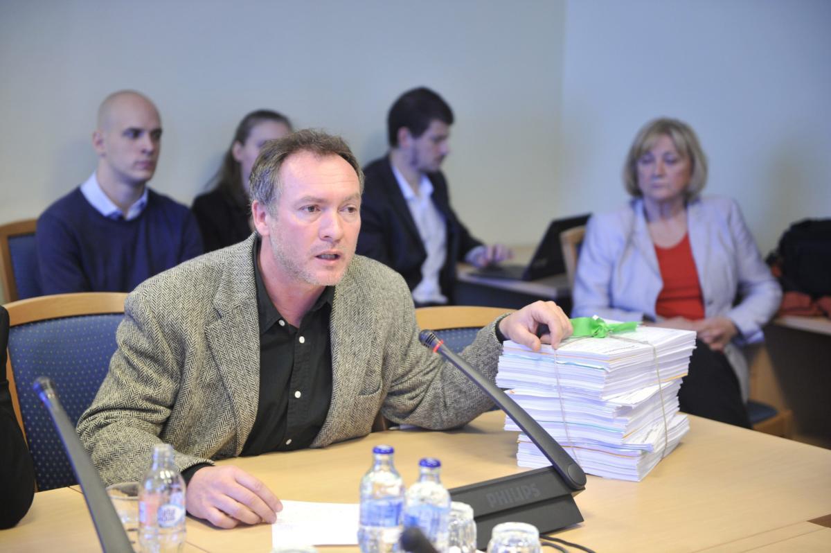 Várnai László, a Civilzugló Egyesület elnöke felszólal Baán László, a Liget Budapest projekt miniszteri biztosa meghallgatásán Országgyűlés kulturális bizottságának ülésén.