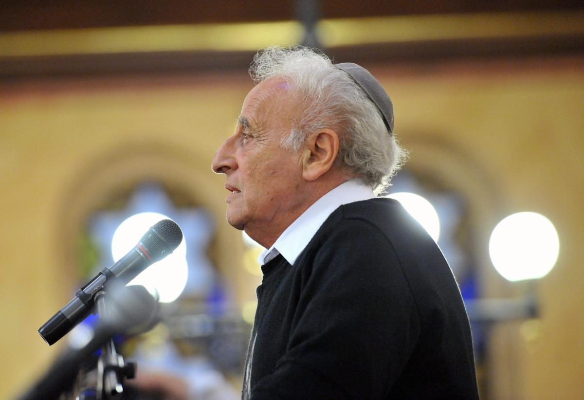 Zoltai Gusztáv, a Magyarországi Zsidó Hitközségek Szövetsége ügyvezető igazgatója, a Zsidó Világkongresszus magyarországi elnöke, a Magyarországi Zsidó Örökség Közalapítvány társelnöke.