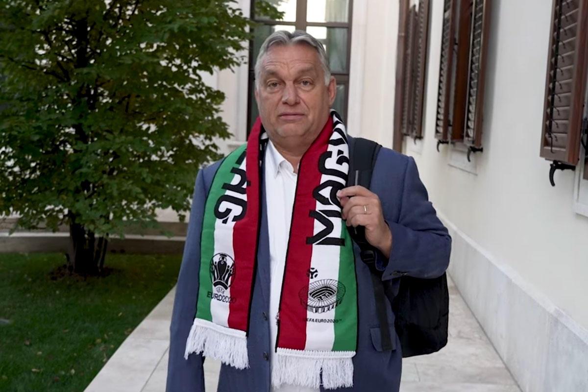 Orbán Viktor a Magyarország-Albánia világbajnoki selejtezőmérkőzés napján.